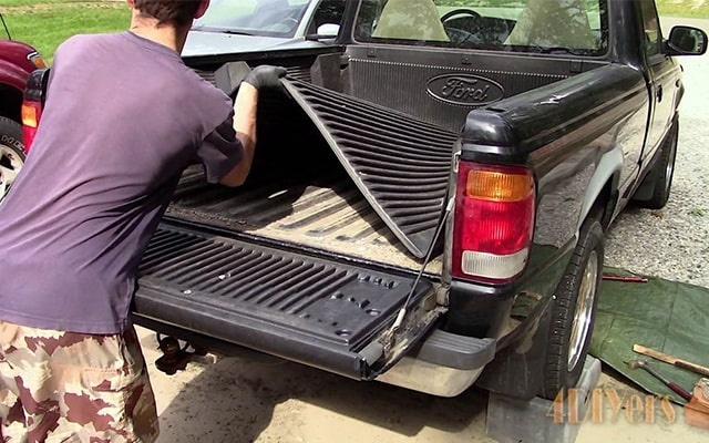 how to remove a truck bed by yourself-0