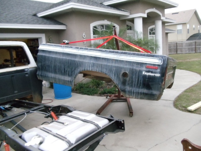 how to remove a truck bed by yourself-3