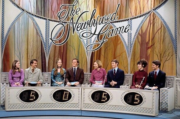 who is the host of the newlywed game-1