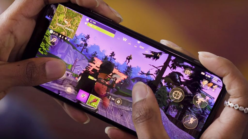 what devices can you play fortnite on-5